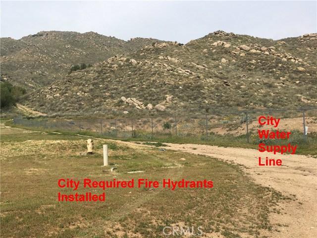 11275 Eagle Rock Road, Moreno Valley CA: http://media.crmls.org/medias/7af37207-8387-4afc-aea4-db70df83fae3.jpg