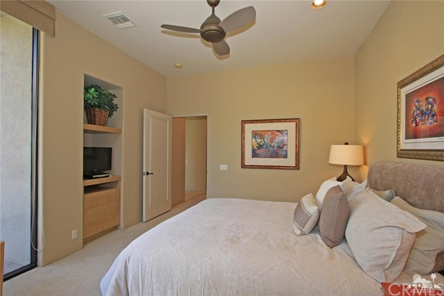 428 Morning Dove, Palm Desert CA: http://media.crmls.org/medias/7b24bf39-2f6f-4939-88a4-a1bfe7e0ef28.jpg