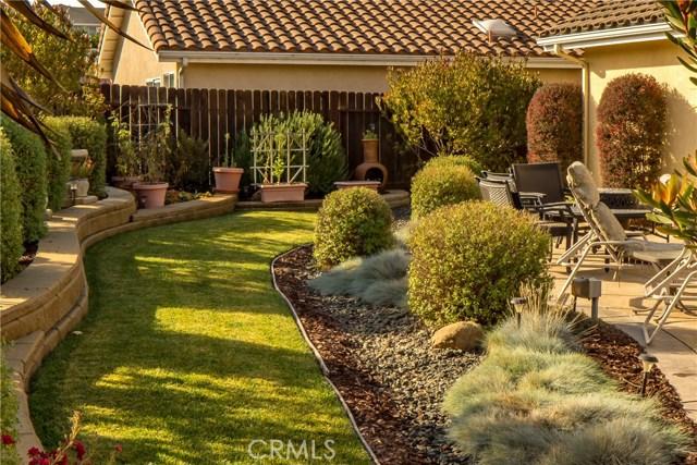 995 Ida Place, Nipomo CA: http://media.crmls.org/medias/7b3913cc-87a5-413f-88c3-864b307faa27.jpg