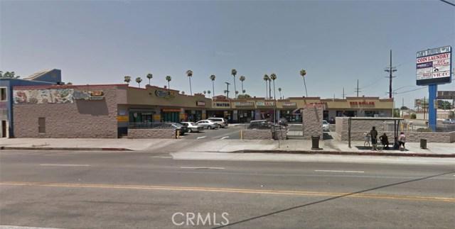 5821 S Figueroa Street, Los Angeles CA: http://media.crmls.org/medias/7b4fccc7-ccf9-4f94-befe-8e10903cc96a.jpg