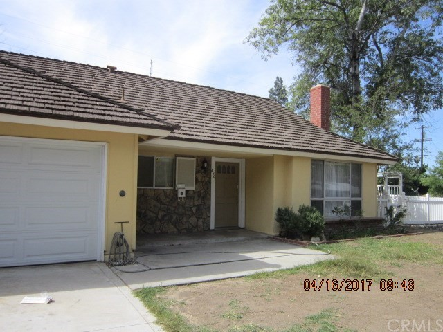 Single Family Home for Sale at 490 Spruce Street Riverside, California 92507 United States