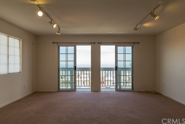 4108 Highland Avenue, Manhattan Beach CA: http://media.crmls.org/medias/7b619be5-1dc1-43e5-a257-1ebf990be5ac.jpg