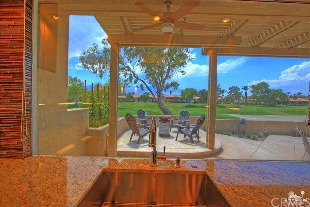 75 Augusta Drive, Rancho Mirage CA: http://media.crmls.org/medias/7b654962-1f09-4ad4-853e-3523e21bc52a.jpg