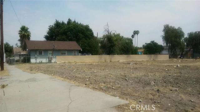 Single Family for Sale at 377 Mount Vernon Avenue S San Bernardino, California 92410 United States