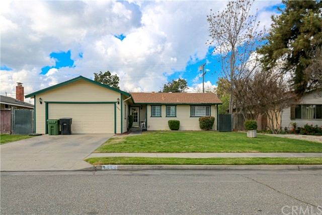 Detail Gallery Image 1 of 32 For 1555 Buller St, Atwater, CA 95301 - 3 Beds | 2 Baths