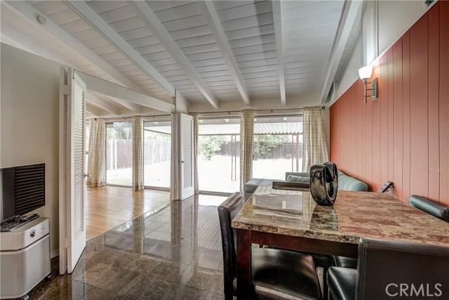 10000 Encino Avenue, Northridge CA: http://media.crmls.org/medias/7b92829c-7826-49f1-81eb-221d67f0fd80.jpg
