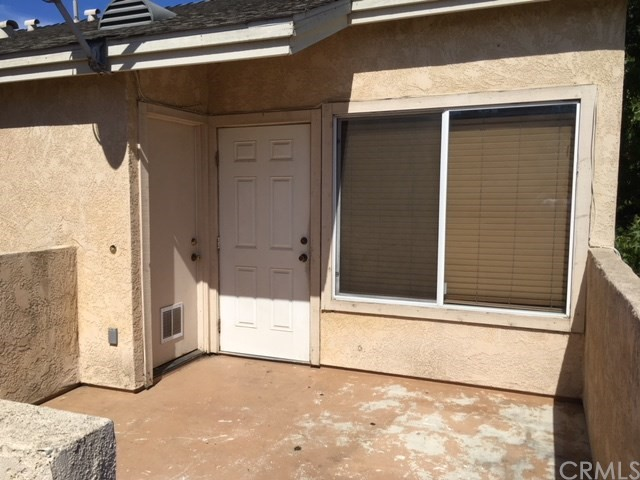 220 E Grant Street, Santa Maria CA: http://media.crmls.org/medias/7b9660db-6b20-4f36-9c5a-79f9ed689181.jpg
