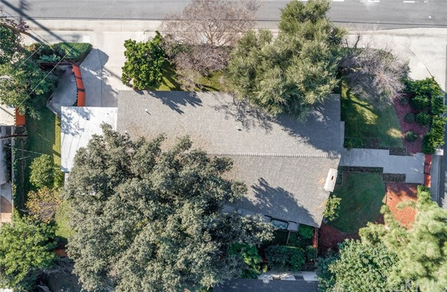 184 W Sandra Avenue, Arcadia CA: http://media.crmls.org/medias/7b99d272-d3ee-4286-9173-5772ce80bf17.jpg