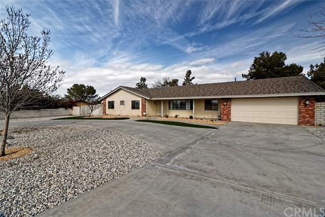 14180 Cuyamaca Road, Apple Valley, CA, 92307