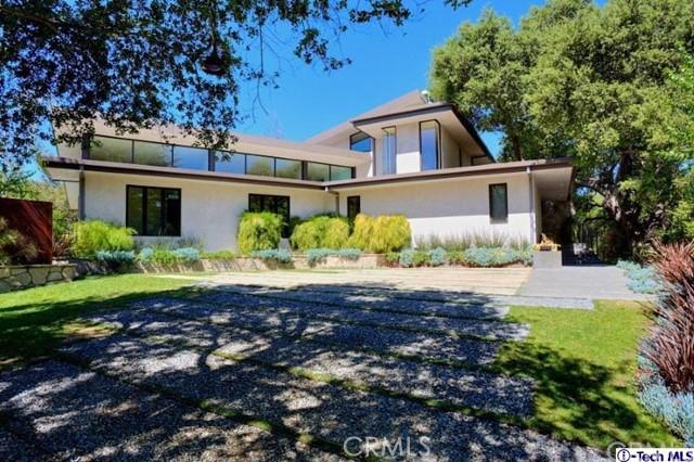 4245 Chula Senda Lane, La Canada Flintridge CA: http://media.crmls.org/medias/7bb22296-8e58-4173-b5b0-1b92c1a1ceaa.jpg