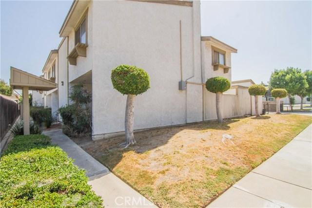 118 N Gladys Avenue, San Gabriel CA: http://media.crmls.org/medias/7bb82d1a-38b5-4024-a3d8-0d3d5f03ce75.jpg