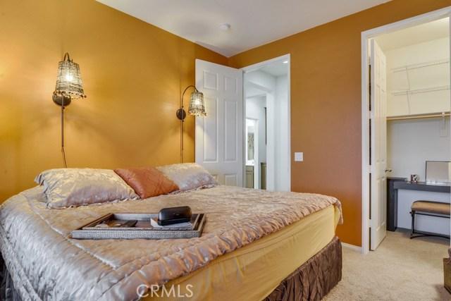 35508 Sainte Foy Street, Murrieta CA: http://media.crmls.org/medias/7bc8f8d0-f408-42a0-93da-7b367325aacb.jpg