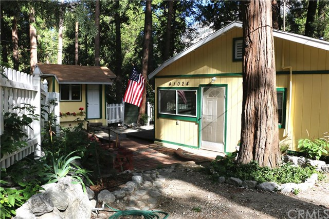 Single Family Home for Sale at 41024 Pine Drive Forest Falls, California 92339 United States