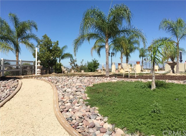Additional photo for property listing at 17008 Birch Hill Road  Riverside, California 92504 United States