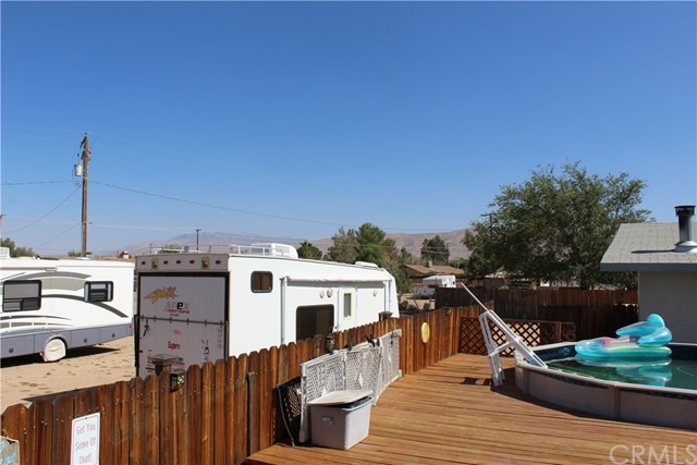 11033 Merino Avenue, Apple Valley CA: http://media.crmls.org/medias/7bd55ace-7227-4024-b5ca-196e93e8b21b.jpg
