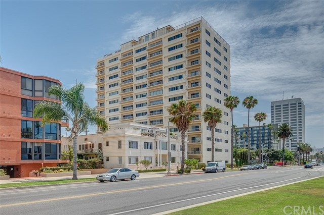 1045 Ocean Ave, Santa Monica, CA 90403 photo 2
