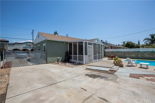 4146 Van Buren Boulevard, Riverside CA: http://media.crmls.org/medias/7bd7e78a-d3ee-4fa3-b2ef-2b66f06b361e.jpg