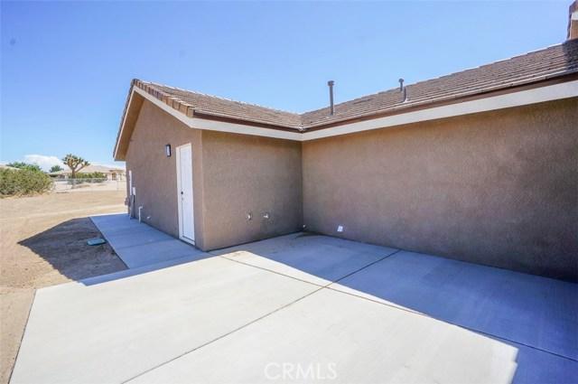 9335 Daisy Road Oak Hills, CA 92344 - MLS #: IV17162266