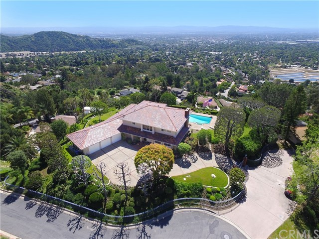Single Family Home for Sale at 2221 Sunrise Hill Street Sierra Madre, California 91024 United States