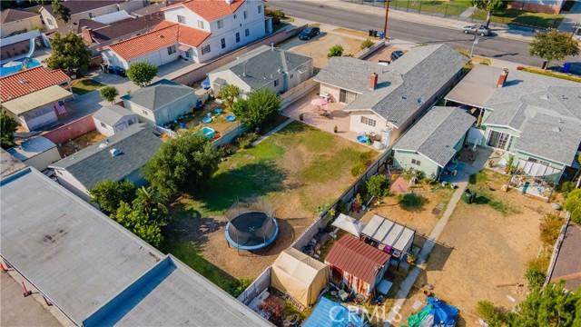 8112 De Palma Street, Downey CA: http://media.crmls.org/medias/7bedf303-3937-4284-8367-aa4c09382675.jpg
