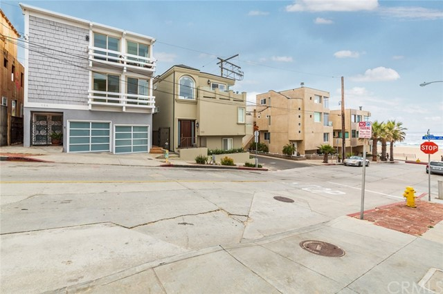 126 Neptune Ave, Hermosa Beach, CA 90254 photo 4