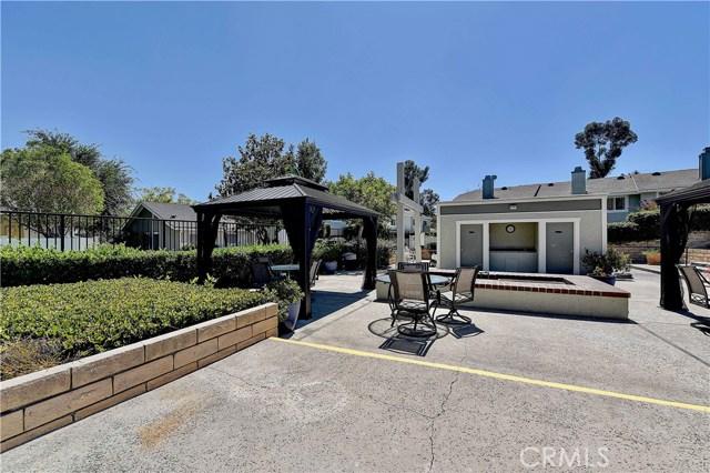 24986 Acacia Lane, Laguna Hills CA: http://media.crmls.org/medias/7c058c27-653d-4c5b-9d3d-8d3fed659b52.jpg