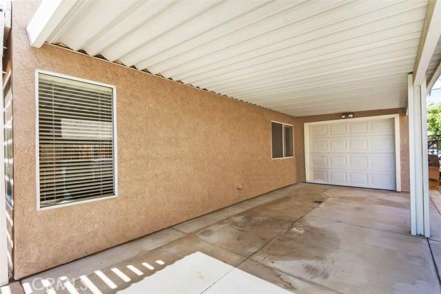 20431 Bloomfield Road, Riverside CA: http://media.crmls.org/medias/7c0d3a83-d359-422c-80f9-38b86c9e7cea.jpg