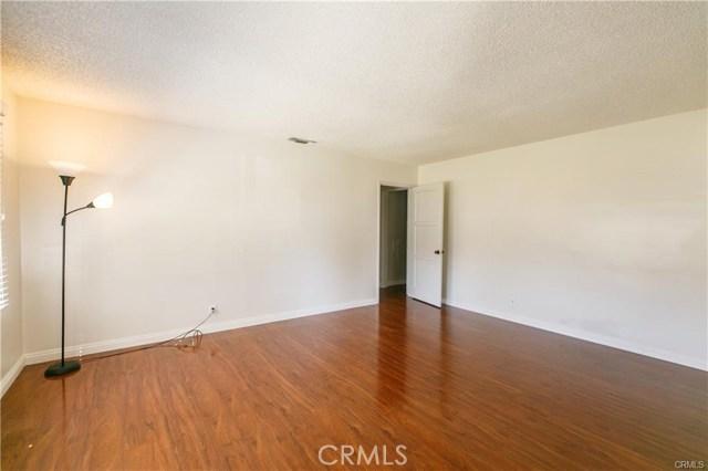 5230 Hallowell Avenue, Temple City CA: http://media.crmls.org/medias/7c0daa43-d865-495a-bb54-9126290287a3.jpg