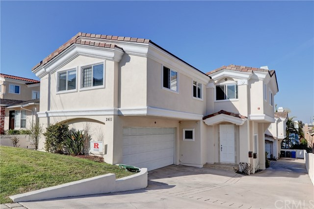 2411 Marshallfield Lane, Redondo Beach, California 90278, 4 Bedrooms Bedrooms, ,2 BathroomsBathrooms,Townhouse,For Sale,Marshallfield,SB20002740
