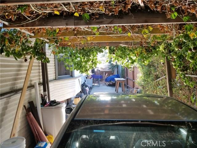 4111 Wall Street, Los Angeles CA: http://media.crmls.org/medias/7c36ee73-4e58-458b-9e21-1b4fa024ec97.jpg