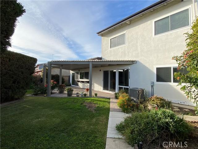 1065 Tulare Drive, Costa Mesa CA: http://media.crmls.org/medias/7c381490-86c3-444b-93f2-851a7da2b765.jpg