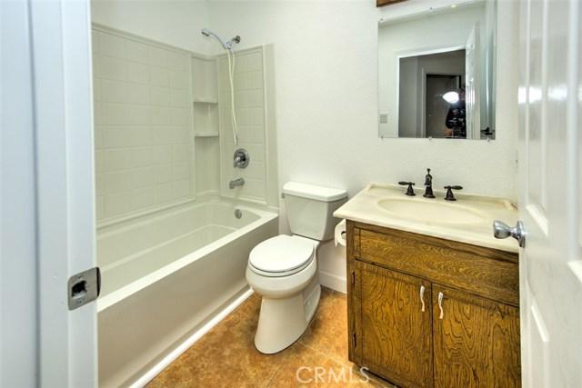 655 14th Street, Lakeport CA: http://media.crmls.org/medias/7c3d5501-7e93-447b-8ca2-55ac459ca0bd.jpg