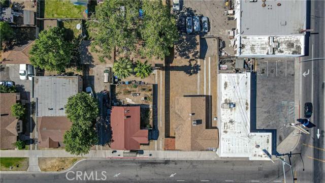 1625 E Olive Avenue, Fresno CA: http://media.crmls.org/medias/7c40ab92-58c5-440c-8059-11a22dd92bda.jpg