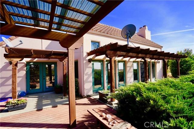 独户住宅 为 销售 在 4066 Hidden Valley Road Butte Valley, 加利福尼亚州 95965 美国