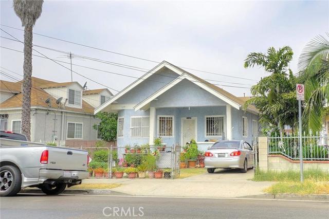 1207 Fedora Street, Los Angeles, California 90006