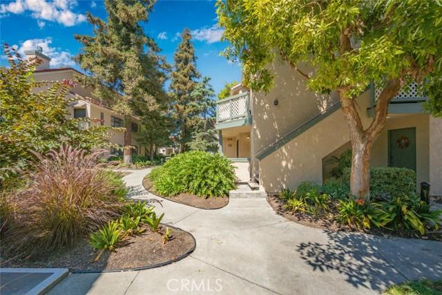 3525 W Stonepine Lane, Anaheim CA: http://media.crmls.org/medias/7c6b3f35-a586-4223-8c8a-5fba02b58253.jpg