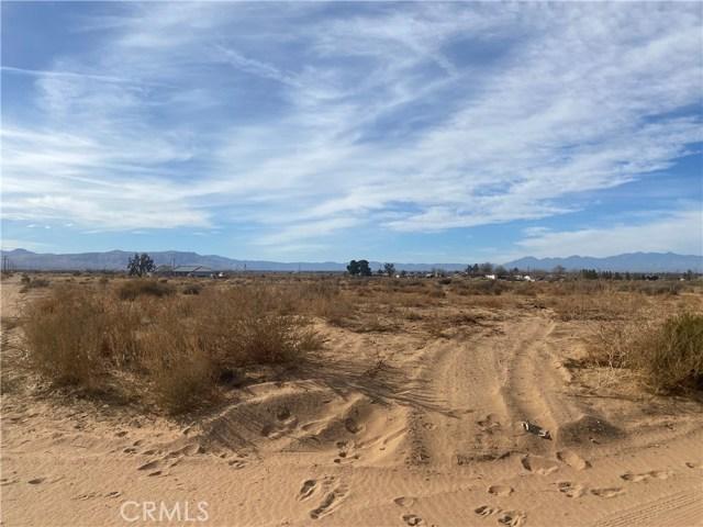 0 Shirwaun road, Apple Valley CA: http://media.crmls.org/medias/7c74c6d9-ea00-4016-99a6-bee16f424603.jpg