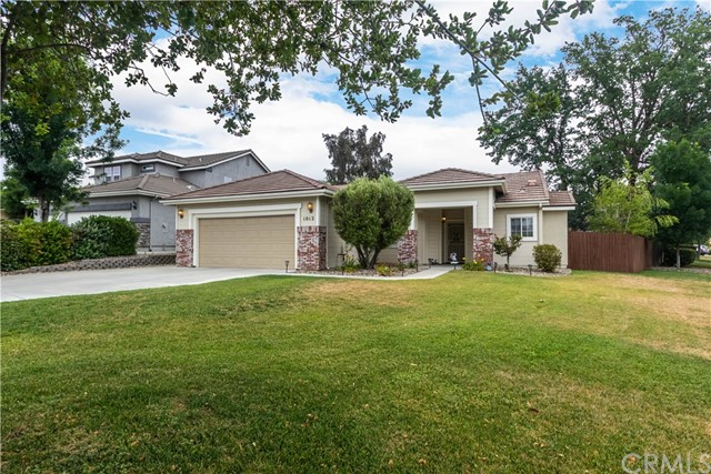 1012  Running Stag Way, Paso Robles in San Luis Obispo County, CA 93446 Home for Sale