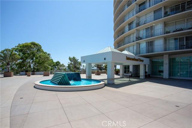 700 E Ocean Boulevard, Long Beach CA: http://media.crmls.org/medias/7c7935af-cfc1-4eae-892c-cb99ab21f081.jpg