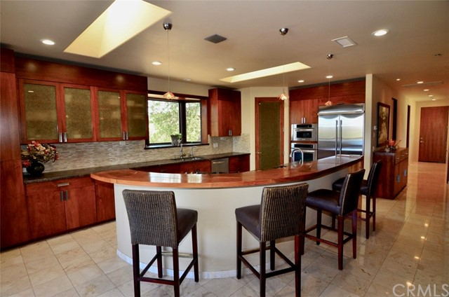 1463 Burnt Rock Way, Templeton CA: http://media.crmls.org/medias/7c847cd9-5c70-4ea3-a4df-443fb58d8c19.jpg