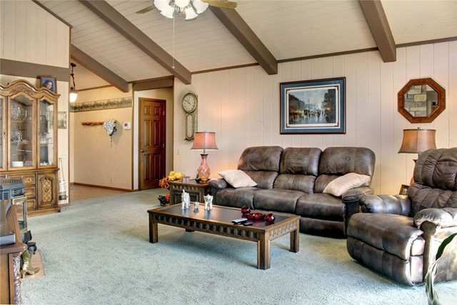 1040 Mount Whitney Drive Big Bear, CA 92314 - MLS #: EV17138813