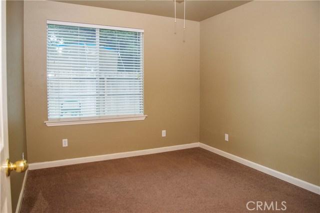5321 W Fedora Avenue, Fresno CA: http://media.crmls.org/medias/7c94ab05-c5f3-4477-adbd-2905387321fd.jpg
