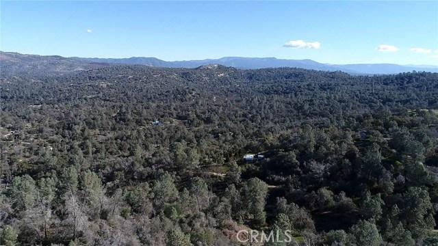 45 Lookout Mountain Road, Mariposa CA: http://media.crmls.org/medias/7c978026-3cc9-4f07-a67f-961065e0fd00.jpg