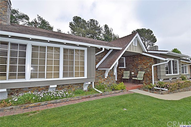 Single Family Home for Sale at 3957 Abella Street Glendale, California 91214 United States