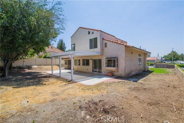 11511 Bryn Mawr Avenue, Loma Linda CA: http://media.crmls.org/medias/7cca75cf-3f8f-4fd5-8c37-3a0a5208078b.jpg