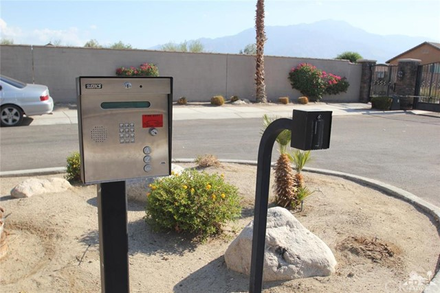 0 Bald Eagle Lane, Desert Hot Springs CA: http://media.crmls.org/medias/7cd13db4-49b0-418d-bd20-c9636d9c2c62.jpg