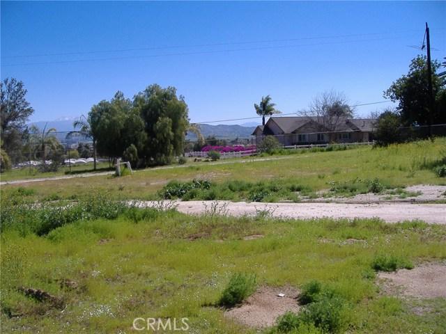 683 W Nuevo Road, Perris CA: http://media.crmls.org/medias/7cd22131-8acd-4c50-a597-fcfa6bc9d7c3.jpg
