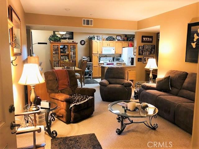 41410 Juniper Street, Murrieta CA: http://media.crmls.org/medias/7cd3272c-f052-4bba-833a-513c136ced49.jpg