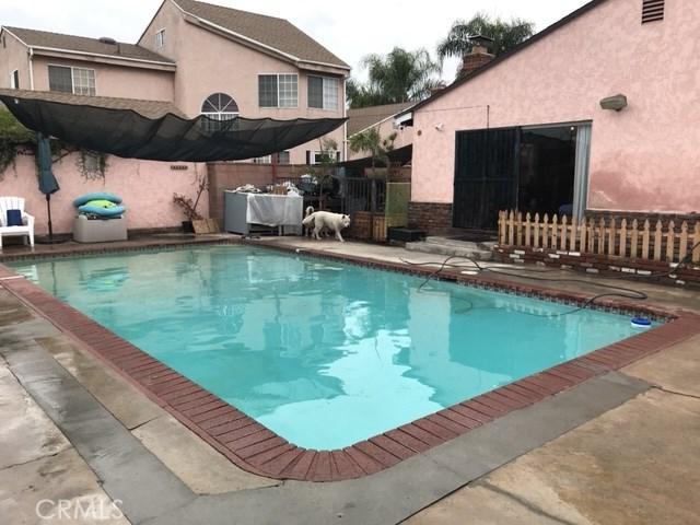10257 Karmont Avenue, South Gate CA: http://media.crmls.org/medias/7cd4f428-00a3-413f-bc66-a4eb54e3d60f.jpg