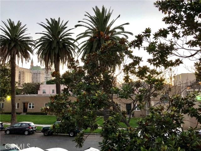 100 Cerritos Avenue, Long Beach CA: http://media.crmls.org/medias/7ce0871a-0fdc-4023-b5c6-84ebd2dfde25.jpg